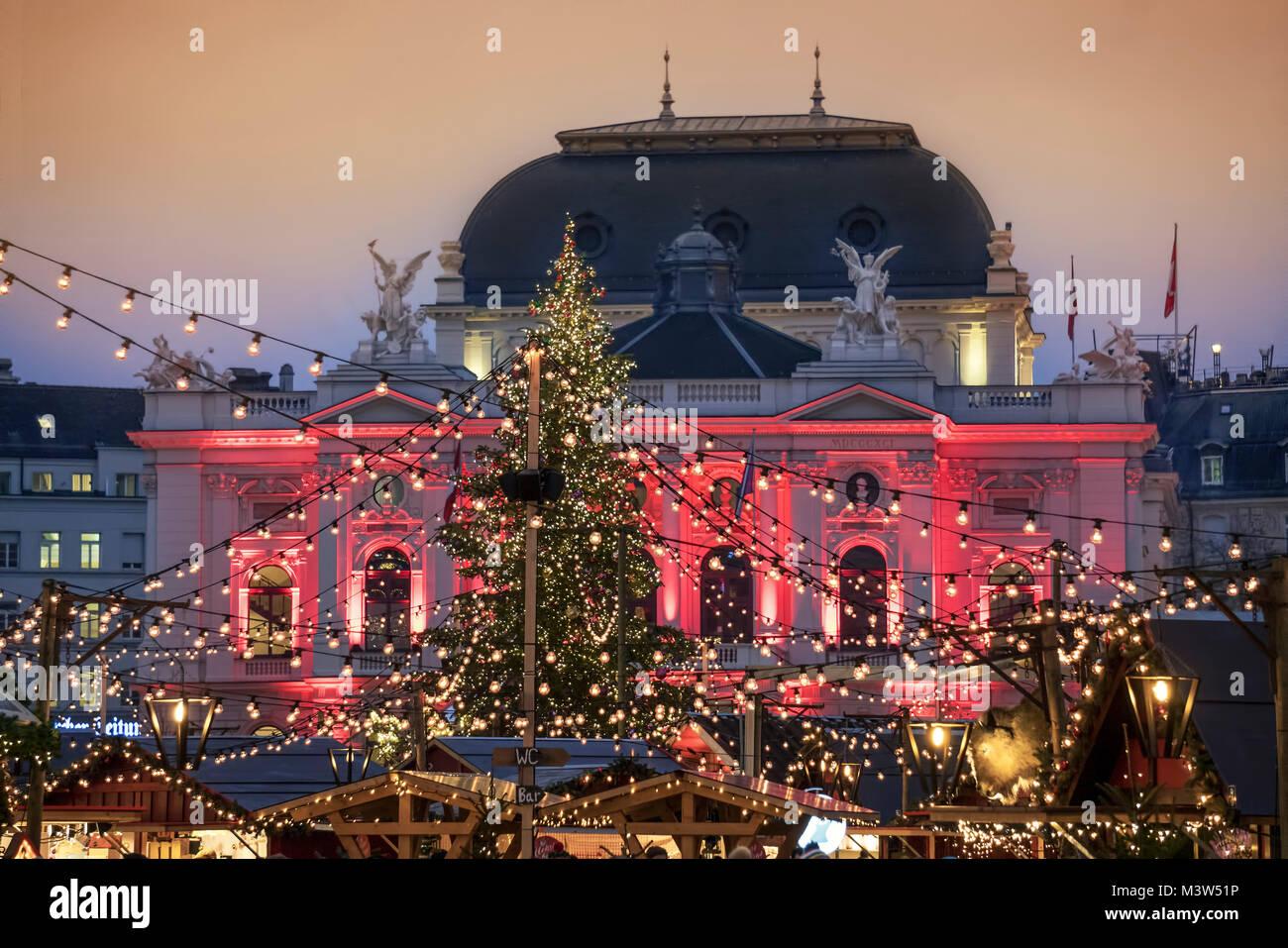 Christmas market, Sechselaeuten square, opera, Zurich, Switzerland ...