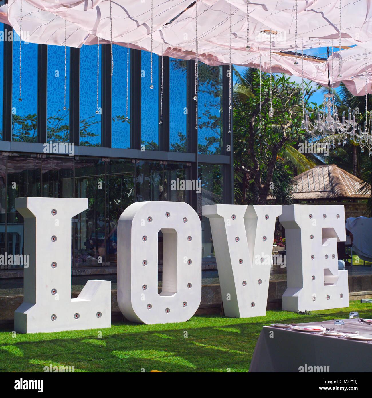 wedding decor big love letters decoration on festive table luxurious wedding decoration on restaurant table elegant event