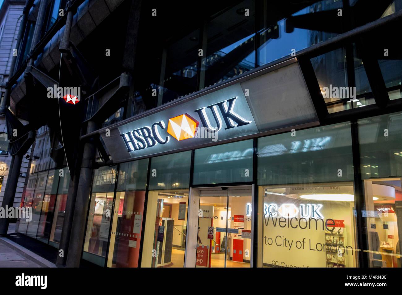 Hsbc Uk Branch Stock Photos & Hsbc Uk Branch Stock Images ...