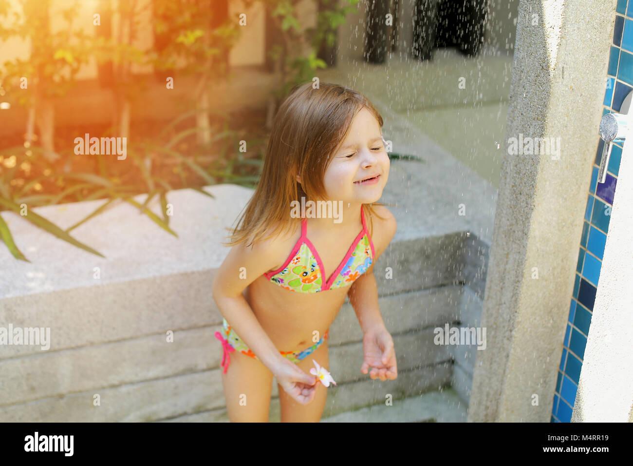 Funny little girl swimsut pic 532