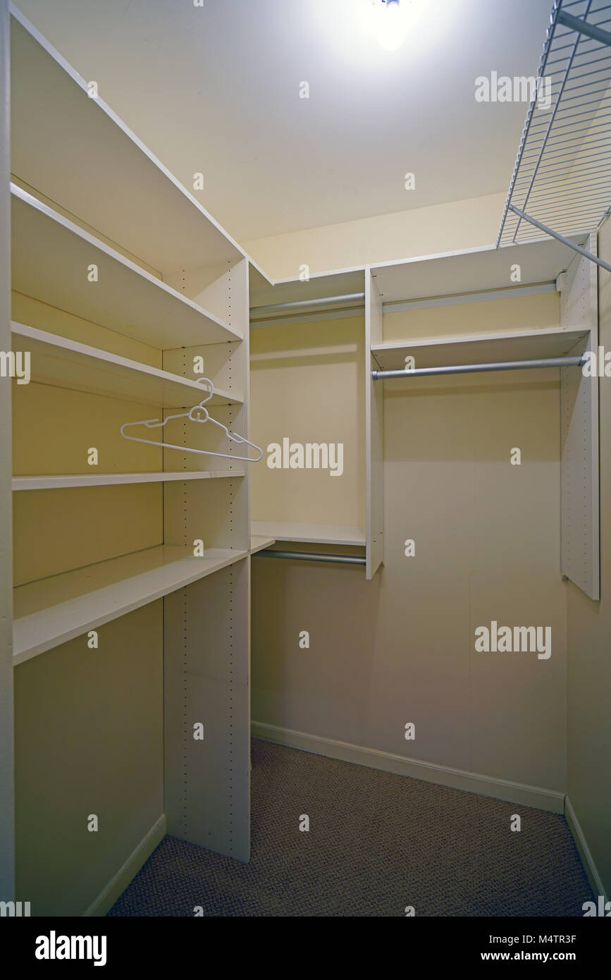 Elegant Empty Closets Before A Move In