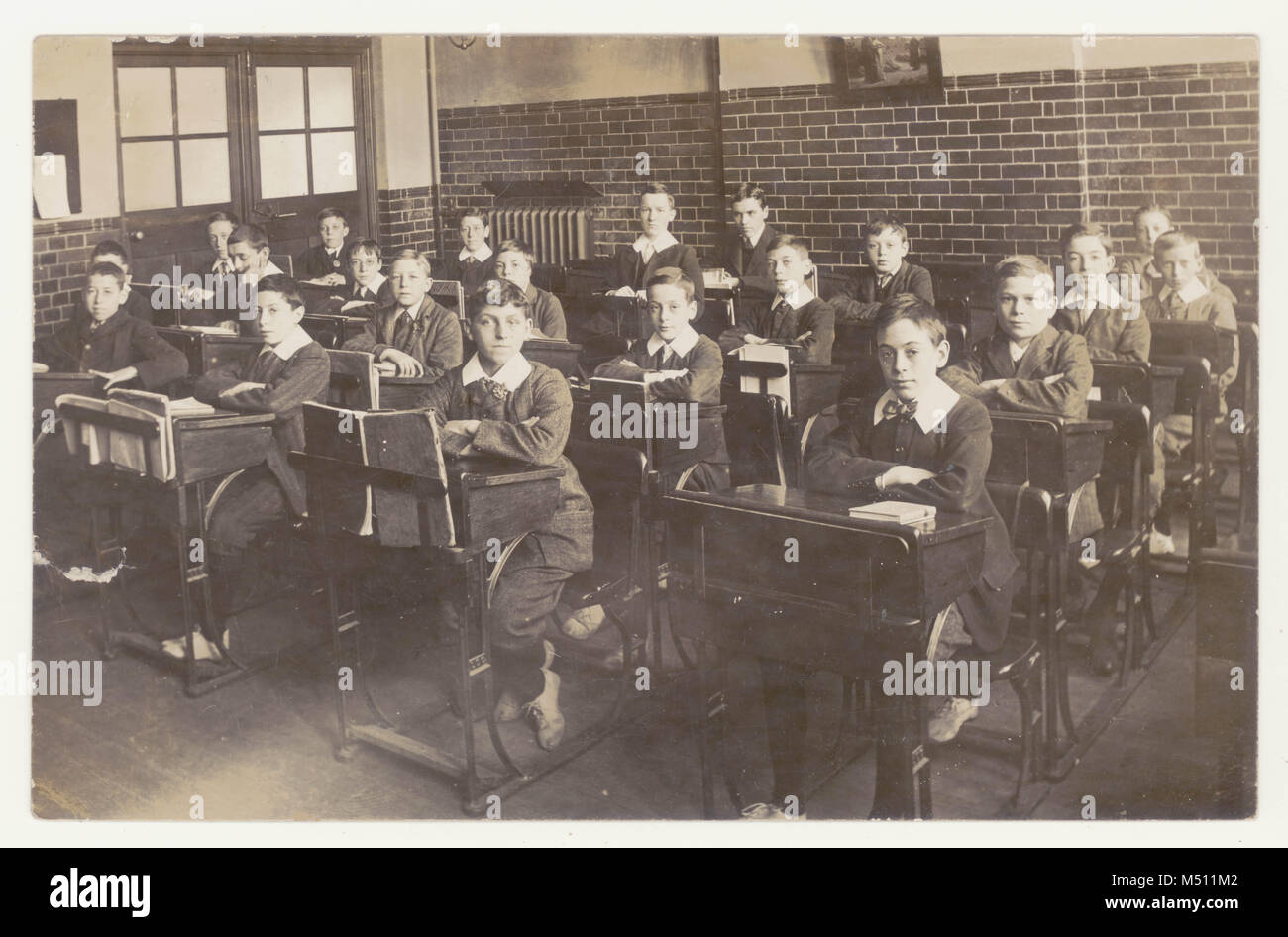 Secondary School Children England Stock Photos Amp Secondary
