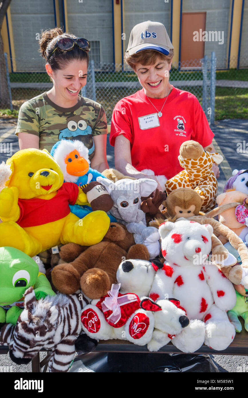 Jewish Volunteers Woman Women Stuffed Animals Toys Carnival Prizes