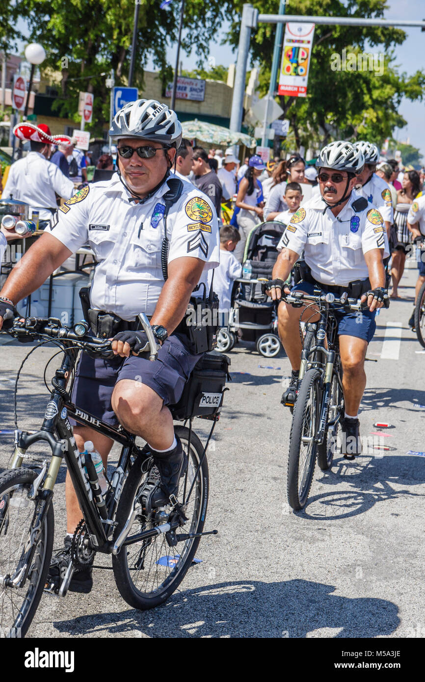 Bicycle Patrol Stock Photos & Bicycle Patrol Stock Images ...