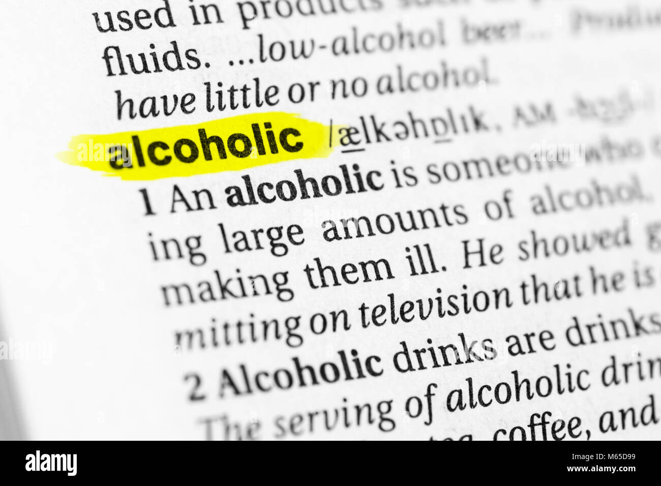 """highlighted english word """"alcoholic"""" and its definition in the stock"""