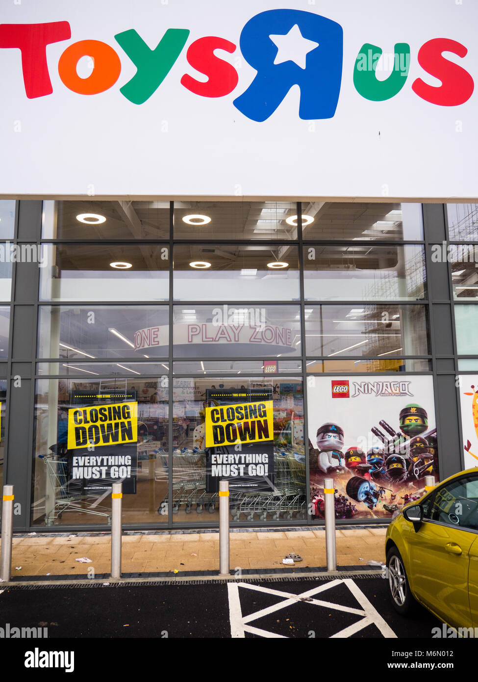 New Toys R Us Store In Reading Berkshire England Stock Photo