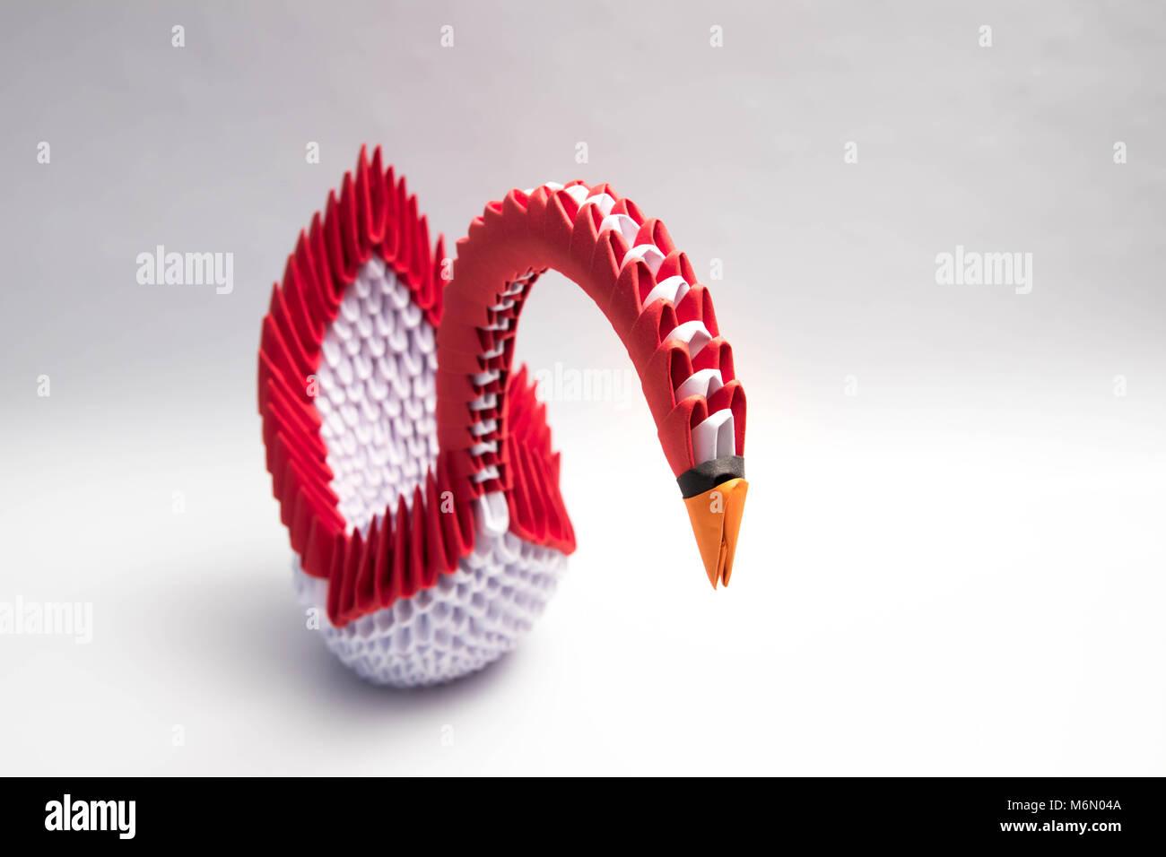 3d Origami Swan Bird Red Stock Photo 176252730 Alamy