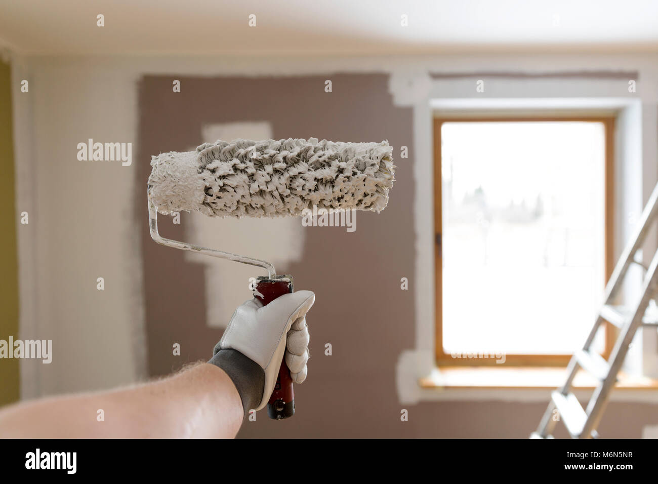 Decoratoru0027s Hand Painting Wall White With Roller