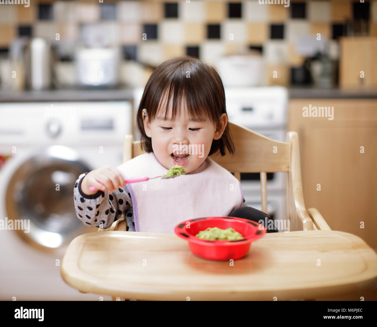 Messy Kitchen Catering: Asian Family Eating Dinner Table Stock Photos & Asian