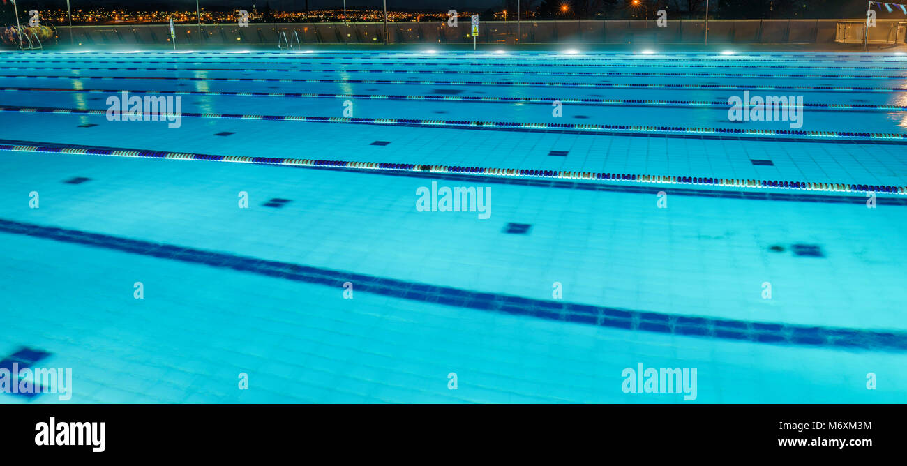 50m stock photos 50m stock images alamy Mountbatten swimming pool portsmouth