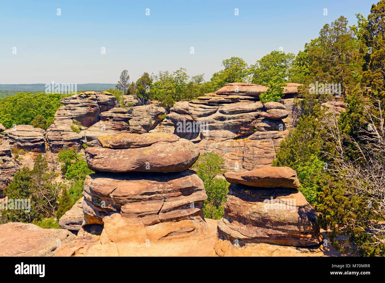 sandstone bluffs of the garden of the gods in shawnee national forest in illinois - Shawnee National Forest Garden Of The Gods