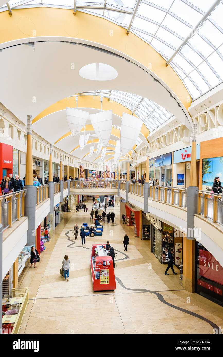 analysis of bluewater shopping centre What is the beach at bluewater the beach at bluewater is the perfect event for family fun located at the bluewater shopping centre near dartford in kent, the beach at bluewater is one of the best things to do in kent this summer.
