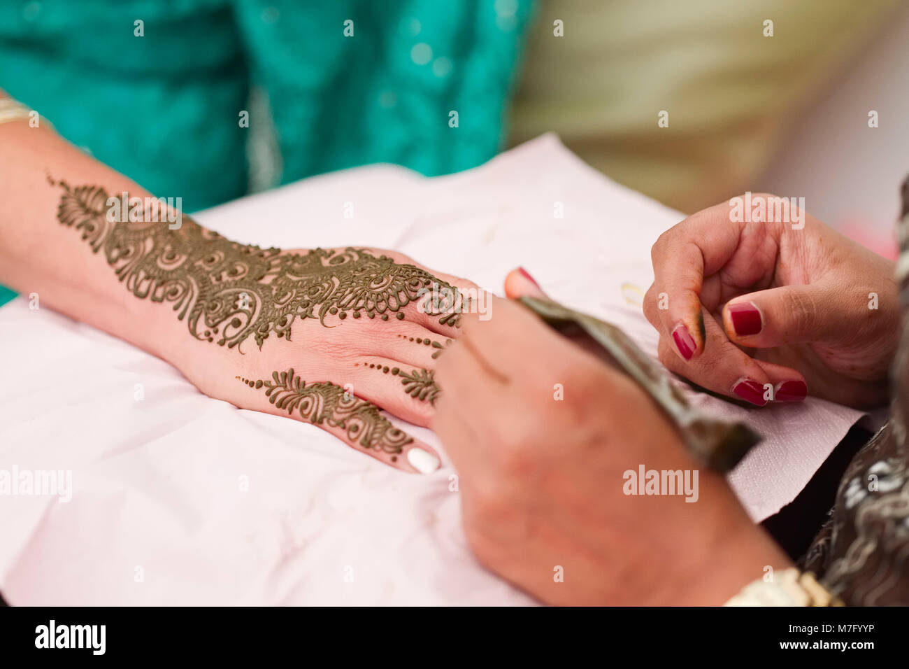Mehndi Designs On Hand Of Bride For Indian Sikh Wedding Stock Photo