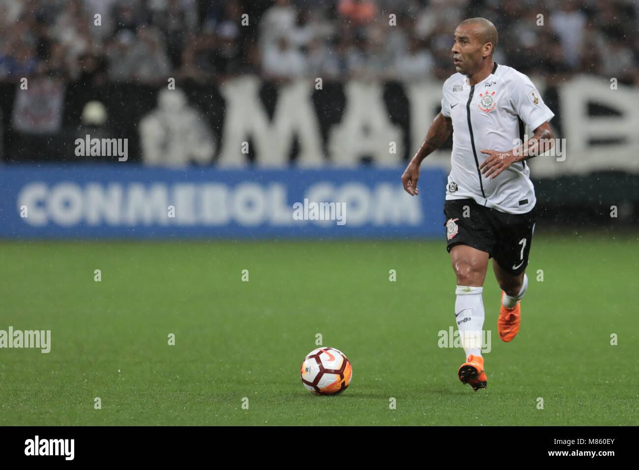 Sao Paulo Sp  Corinthians X Deportivo Lara Emerson Sheik