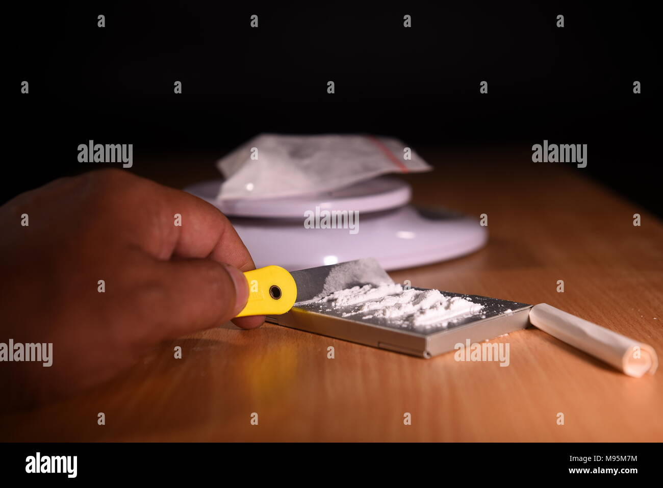 how to become a cocaine dealer