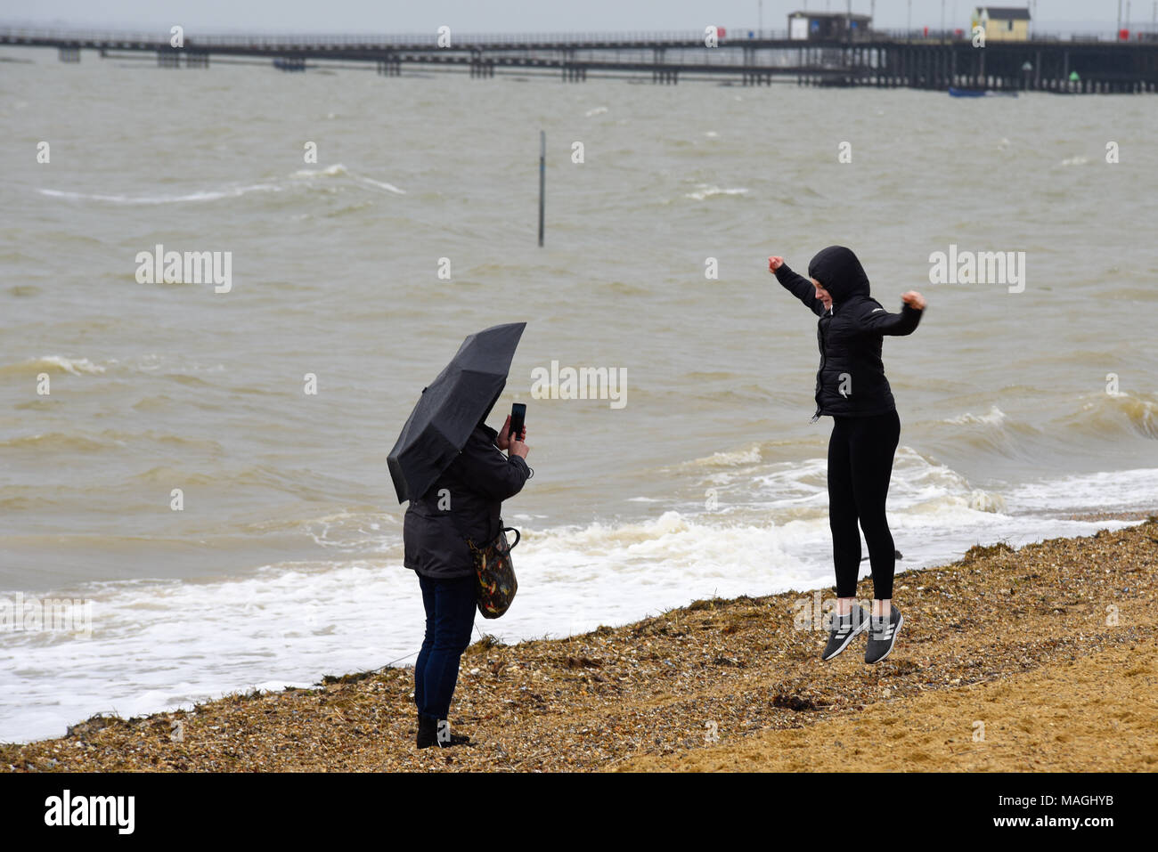 Uk Weather Some Day Trippersved The Bank Holiday Weather In Southend On Sea Es Mother And Daughter On Beach
