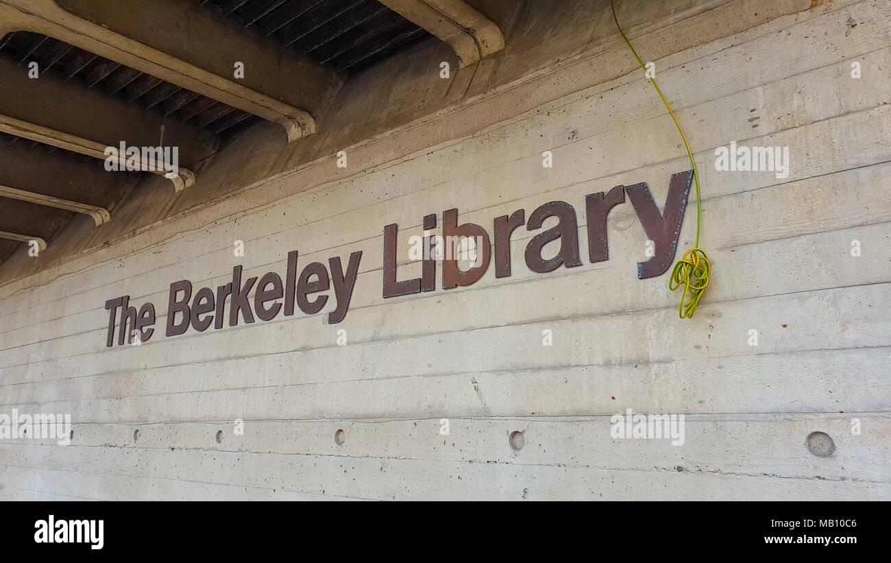The Berkeley Library At Trinity College Dublin Dublin Ireland