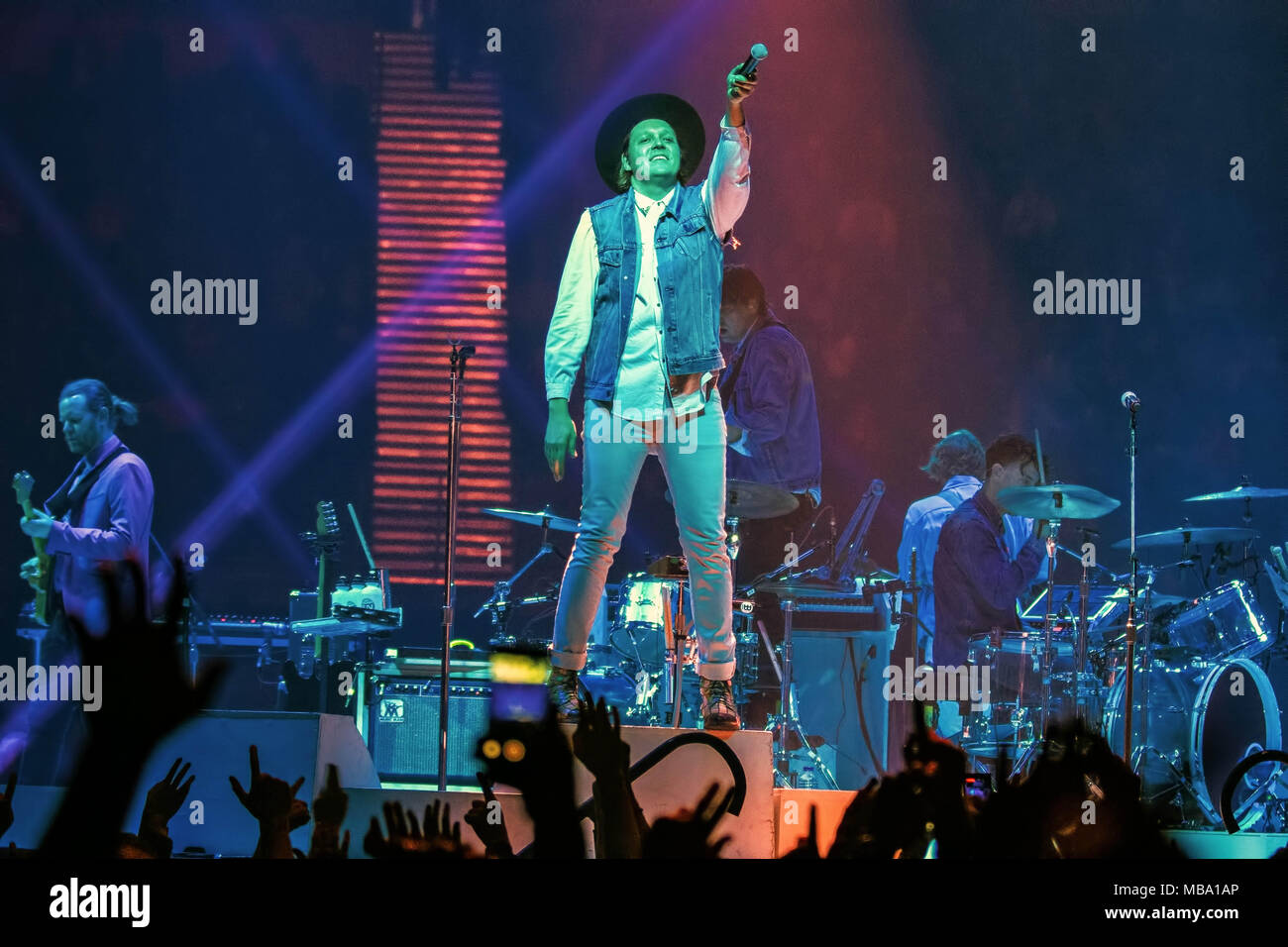 Manchester, UK. 8th Apr, 2018. Canadian indie rock band Arcade Fire ...