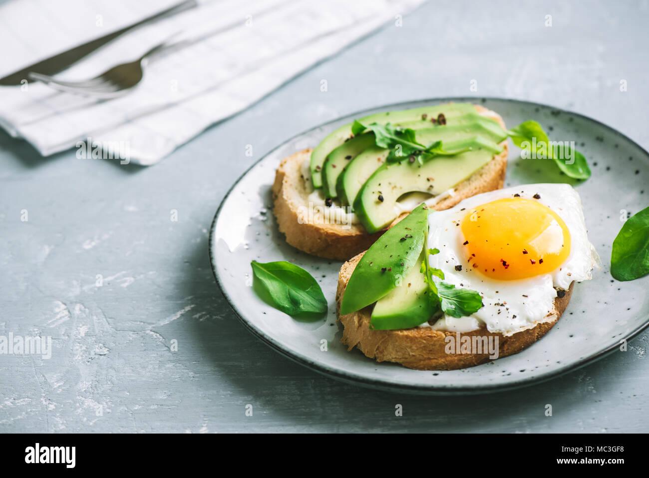 Avocado Sandwich With Fried Egg