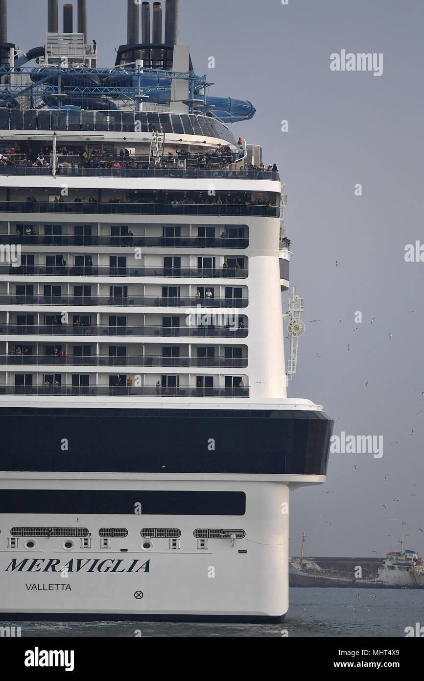 Carnival Cruise Ship Vista Stock Photos Amp Carnival Cruise