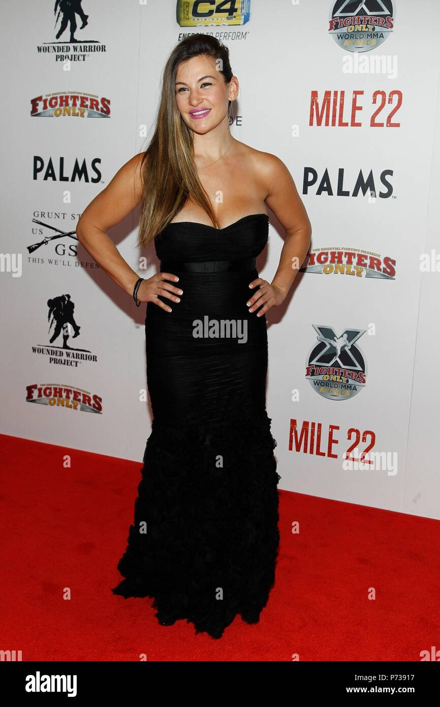 Bikini Brooke Kinsella nude (87 foto) Topless, 2015, lingerie