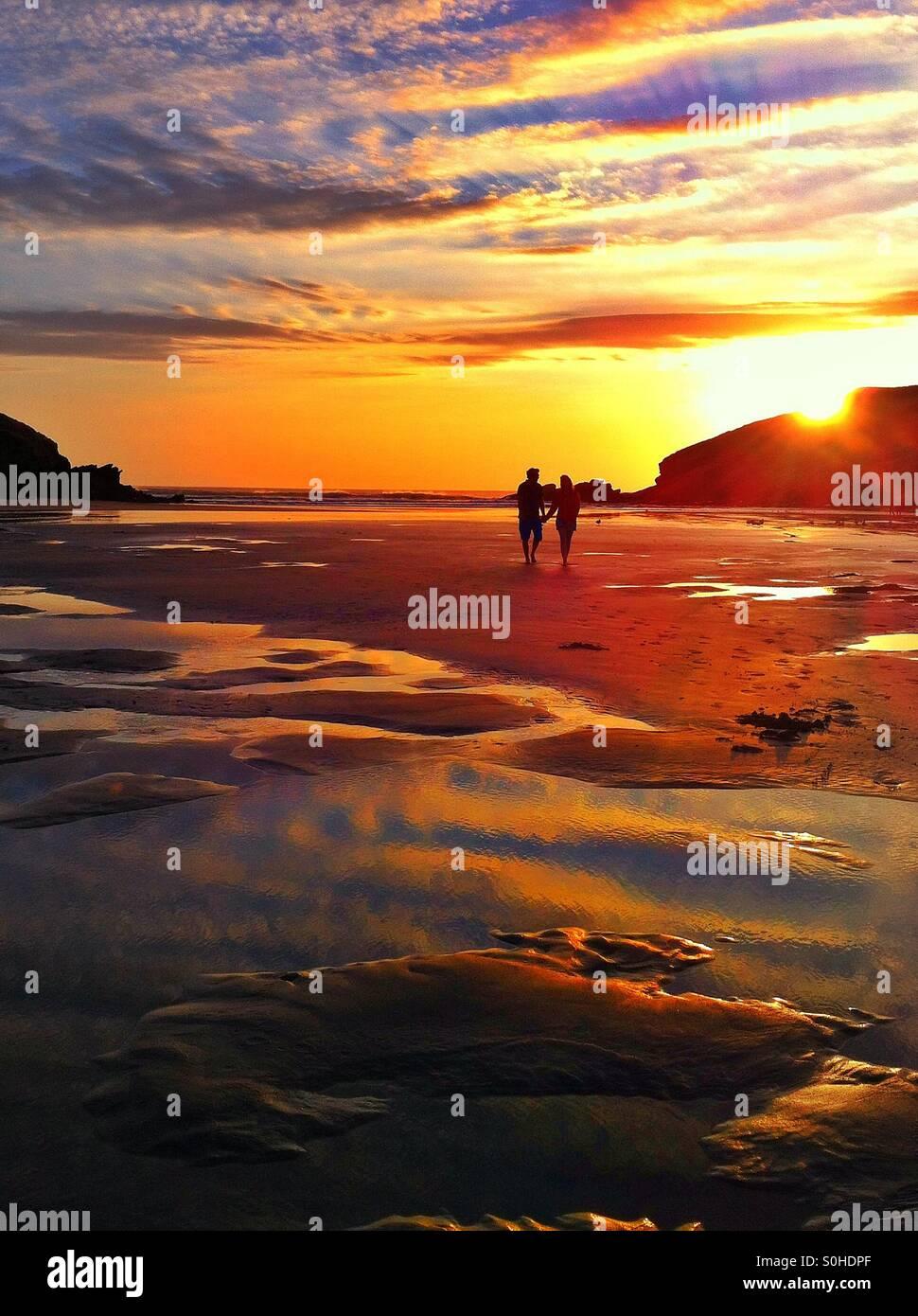 loving-the-sunset-S0HDPF.jpg