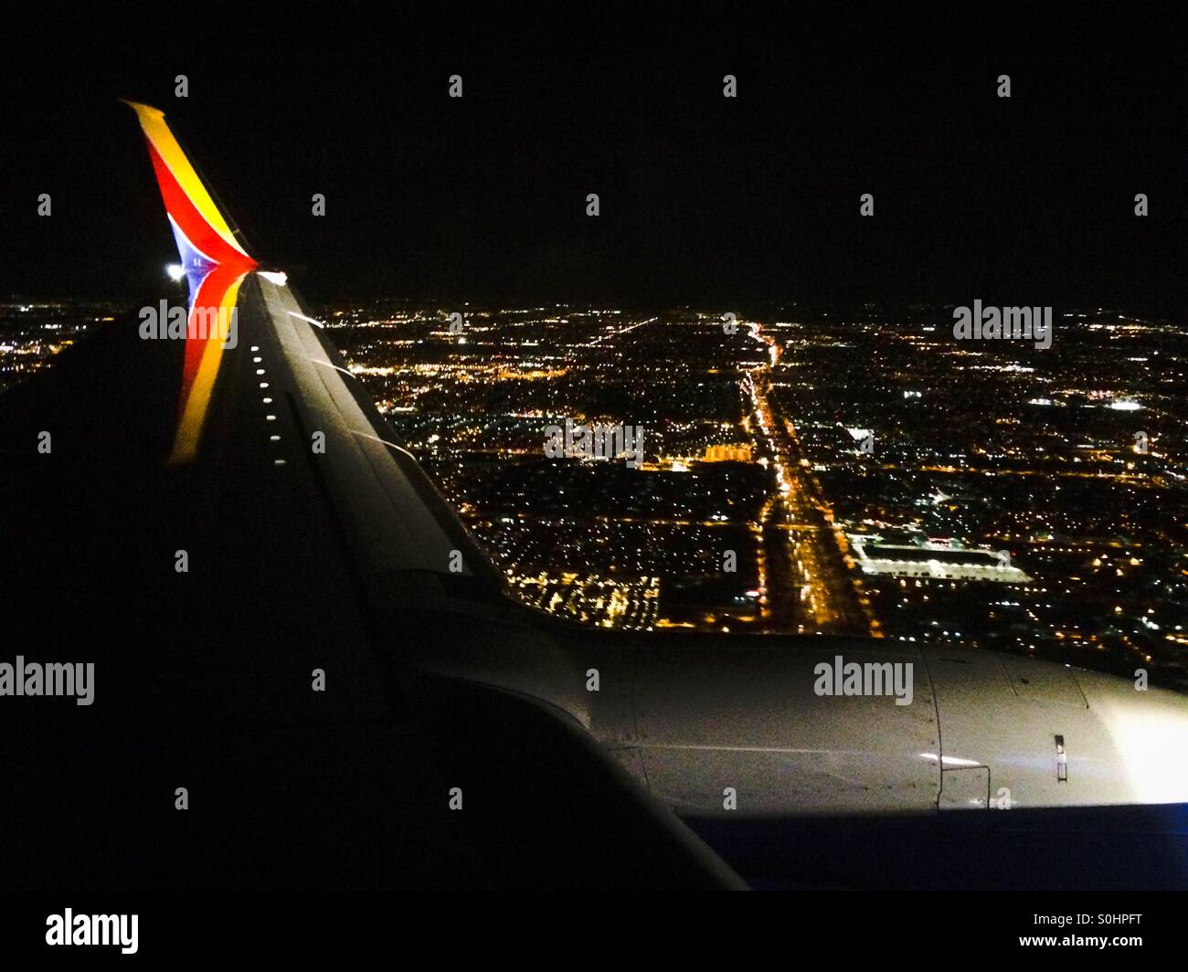 southwest-airplanes-landing-at-ontario-c