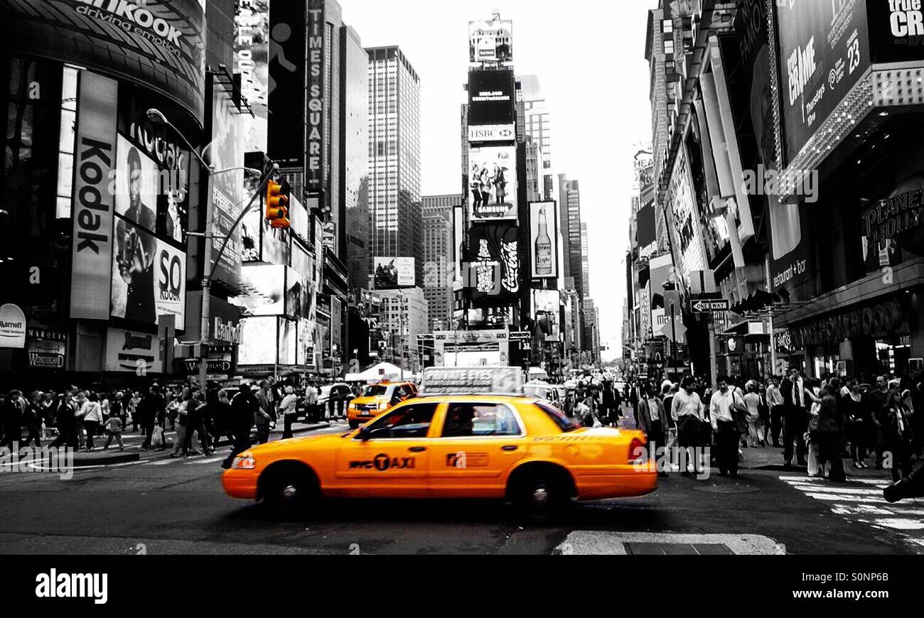 new york nyc usa sin city black and white yellow taxi. Black Bedroom Furniture Sets. Home Design Ideas