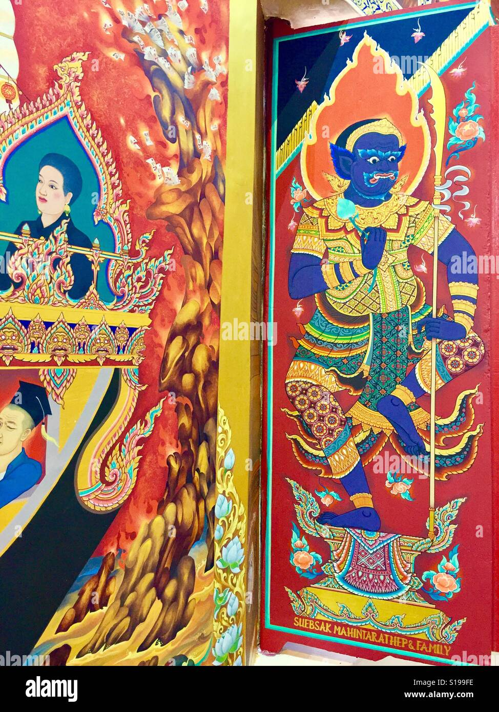 Thai buddhist art mural painting at wat ananda metyarama for Buddha mural art
