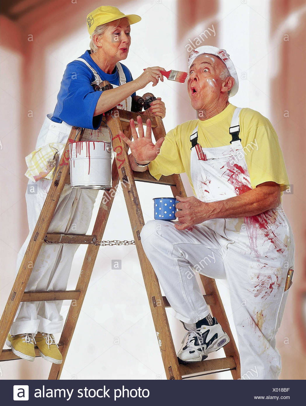 Do it yourself senior couple renovation colour conductor stand do it yourself senior couple renovation colour conductor stand solutioingenieria Image collections