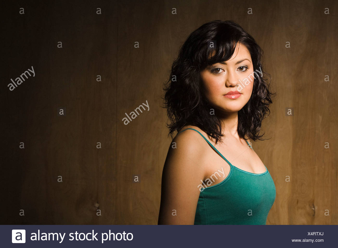 Nashville, Tennessee, Usa; Head And Shoulders Portrait Of Young Asian Woman