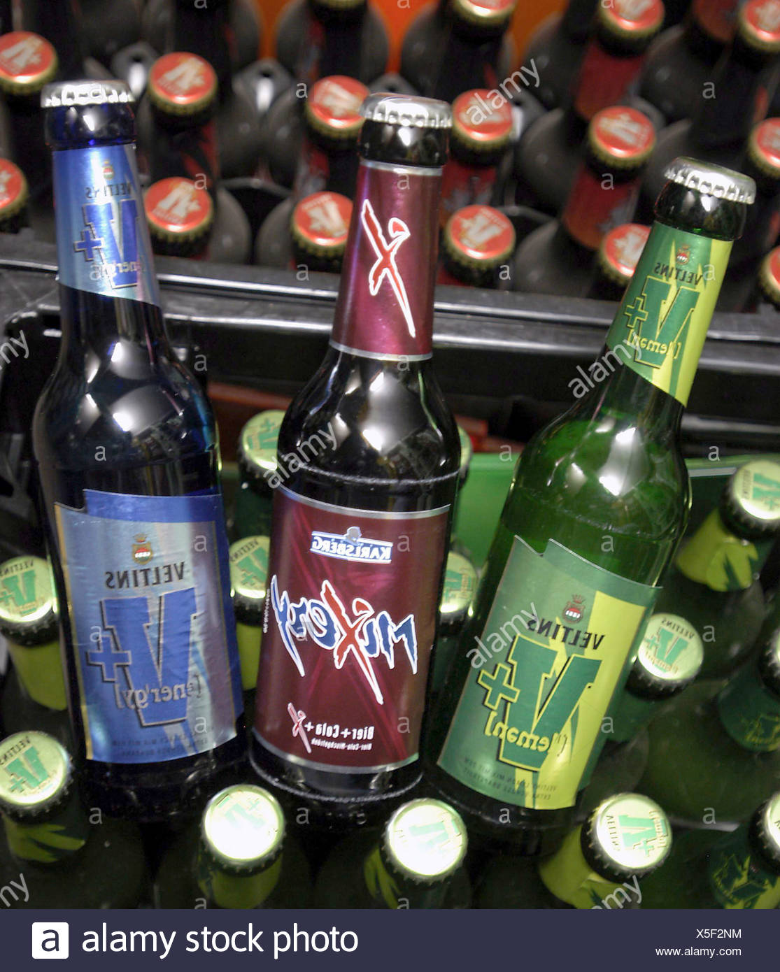 Bier Mixgetraenke Stock Photo: 278770624 - Alamy