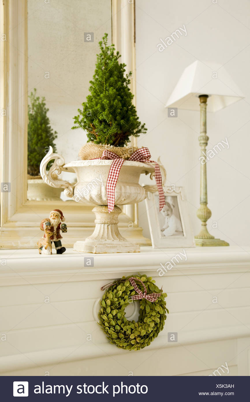 mantelpiece christmas decoration lamp baby photo living room chimney ledge standard lamp picture photo christmas figure santa