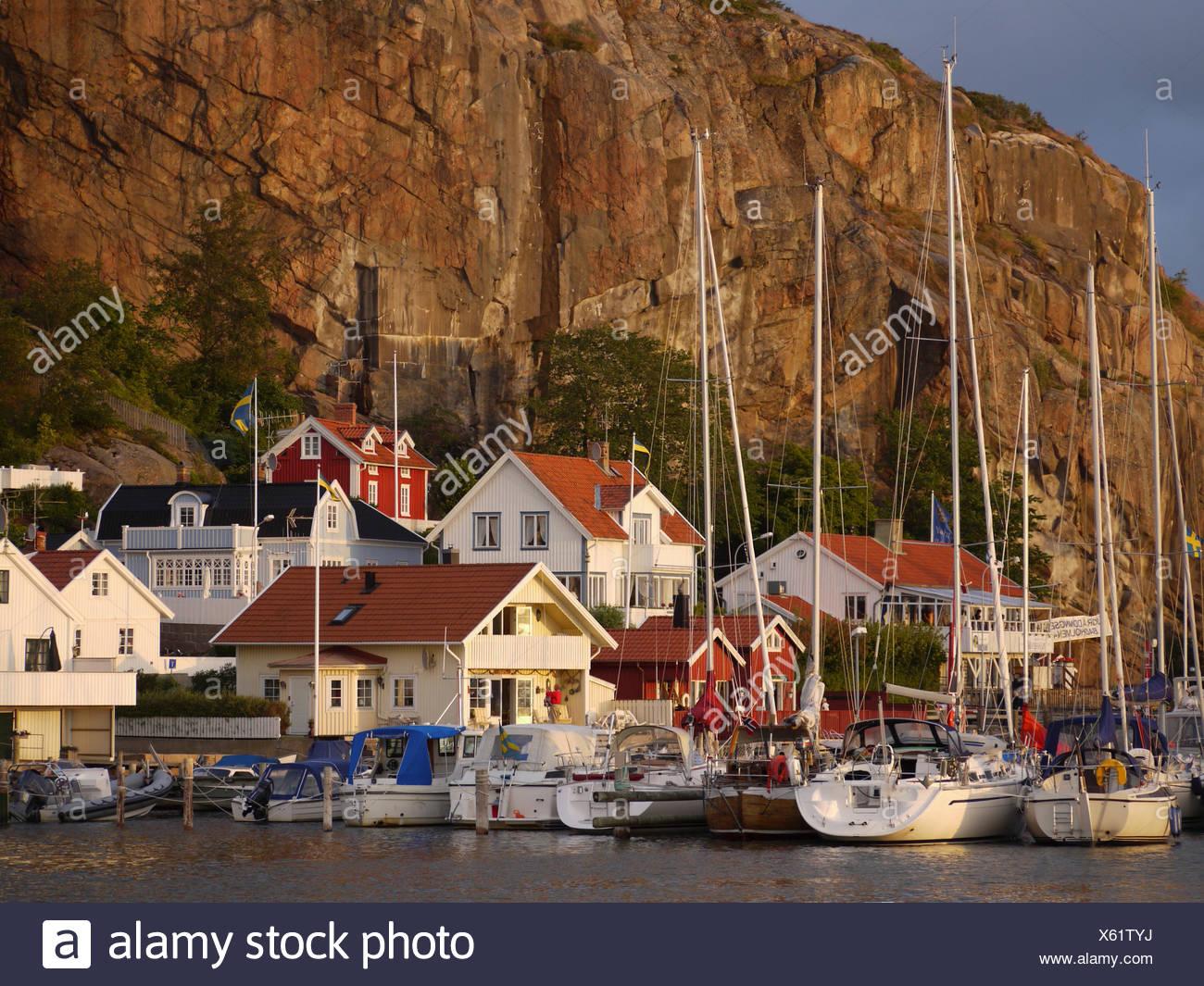 houses sweden water baltic sea salt water sea ocean swedish holiday