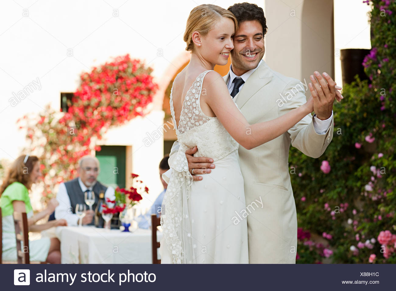 Newlyweds Dancing At Wedding Reception Stock Photo 280472120 Alamy
