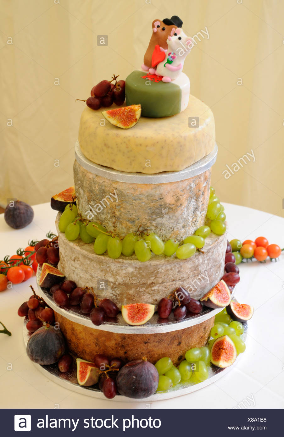 CHEESE CELEBRATION WEDDING CAKE Stock Photo: 280503756 - Alamy