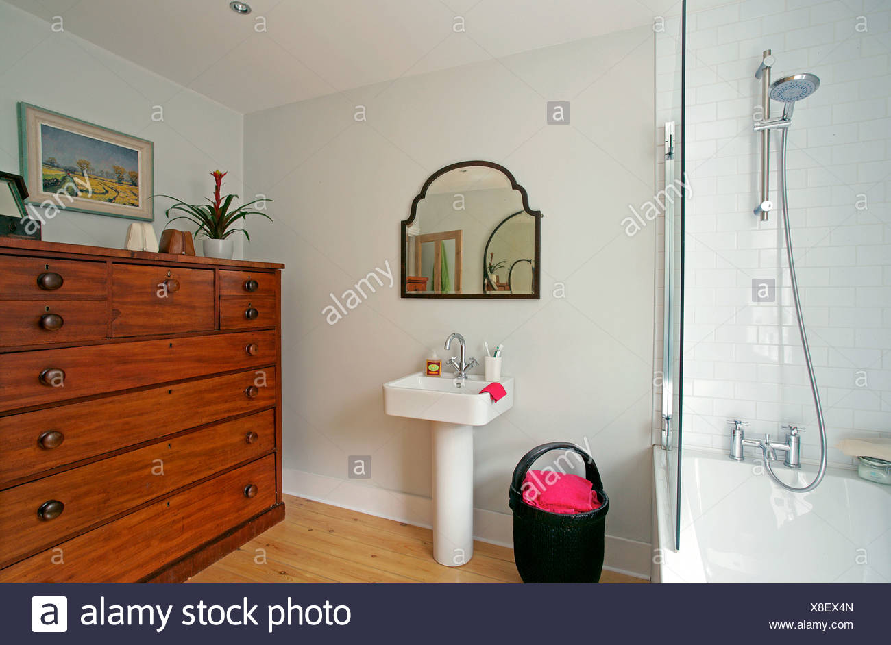 art deco house eclectic two bedroom house in north london belongs to