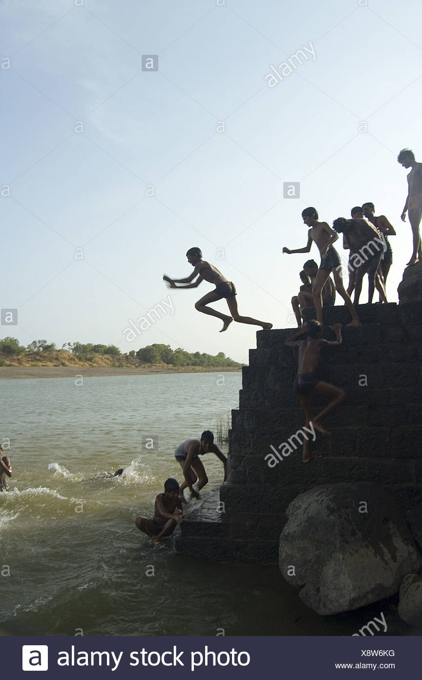 hindu singles in jump river Located on the banks of the river ganges  haridwar attracts a large number of hindu pilgrims from all over the world  singles, doubles, triples and four bed .