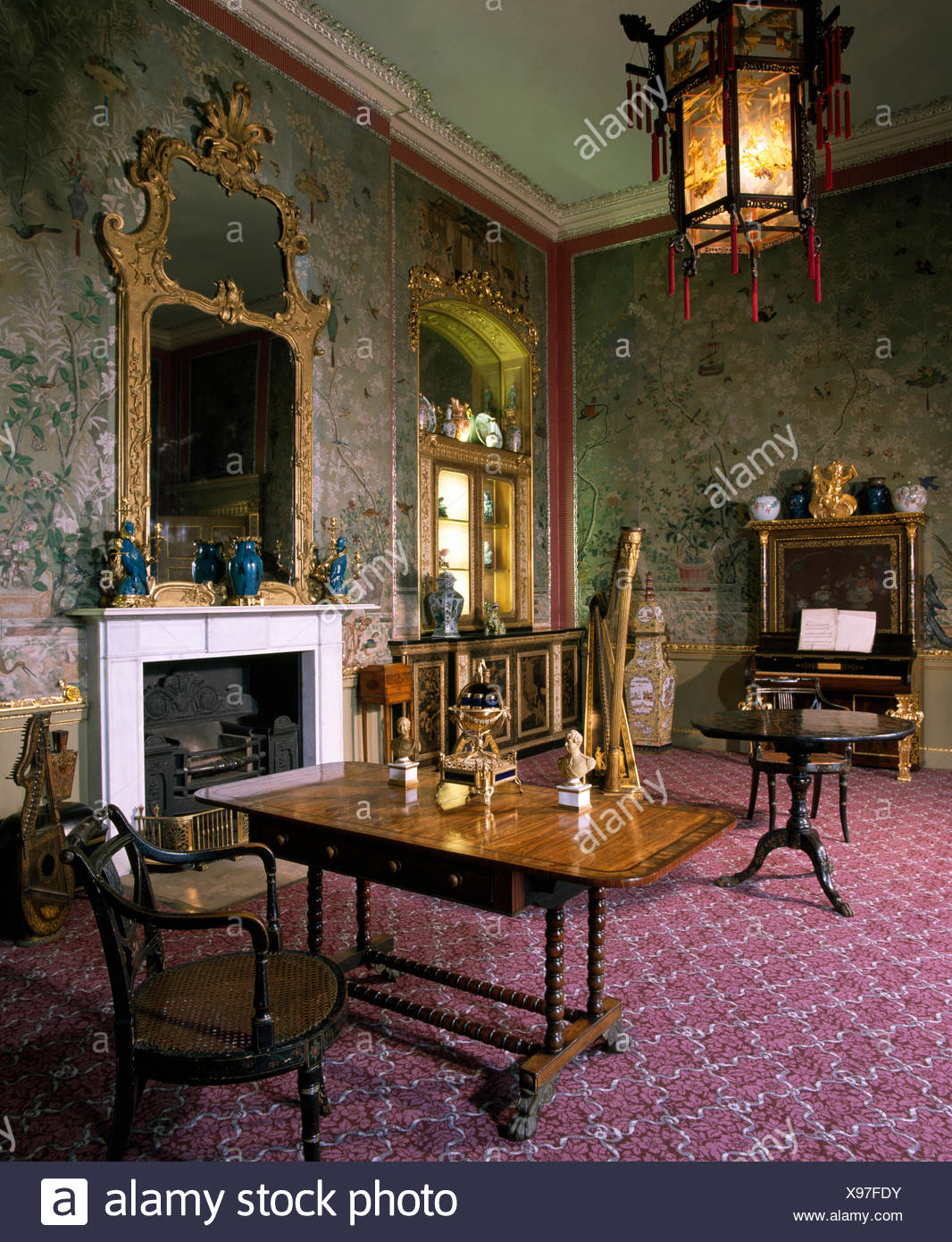 Antique furniture and lantern in old fashioned stately home drawing room - Antique Furniture And Lantern In Old Fashioned Stately Home Drawing