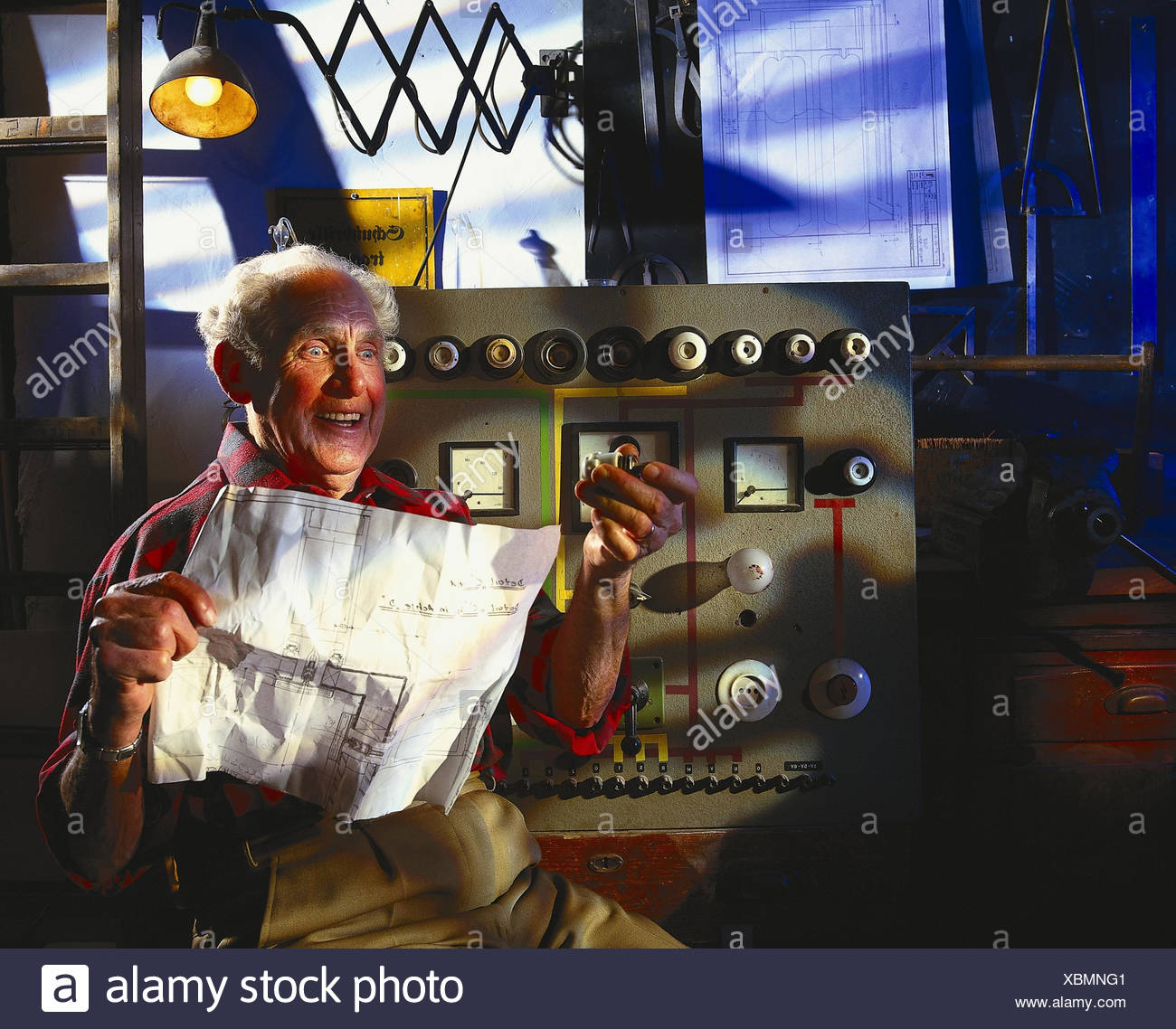 Fuse Boxes Senior Instructions Schematic Facial Play Pool Desperation Inside Backups Electricity Current Supply Substitute Exchange