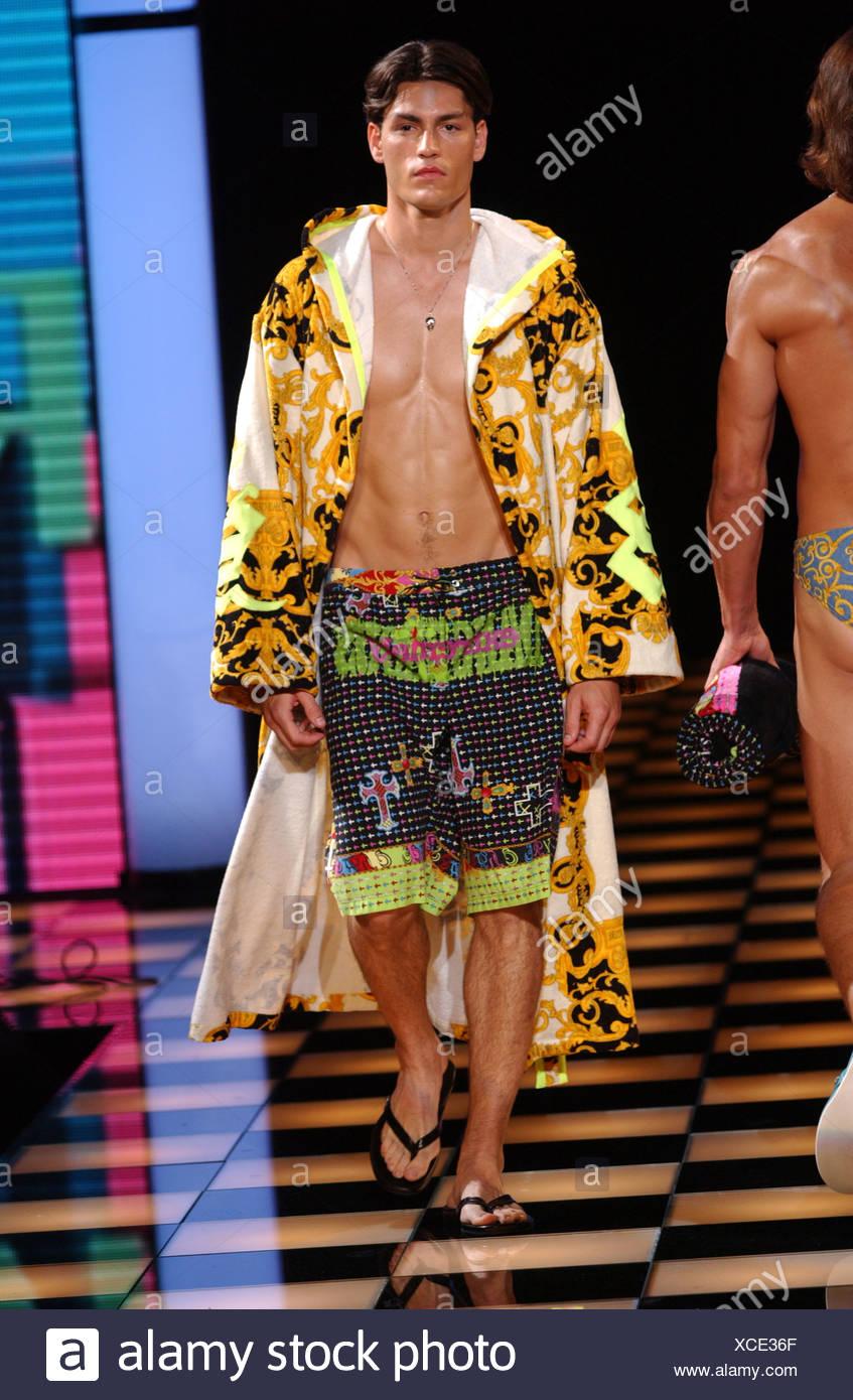 Versace Menswear Ready to Wear Spring Summer Model short brown hair ...