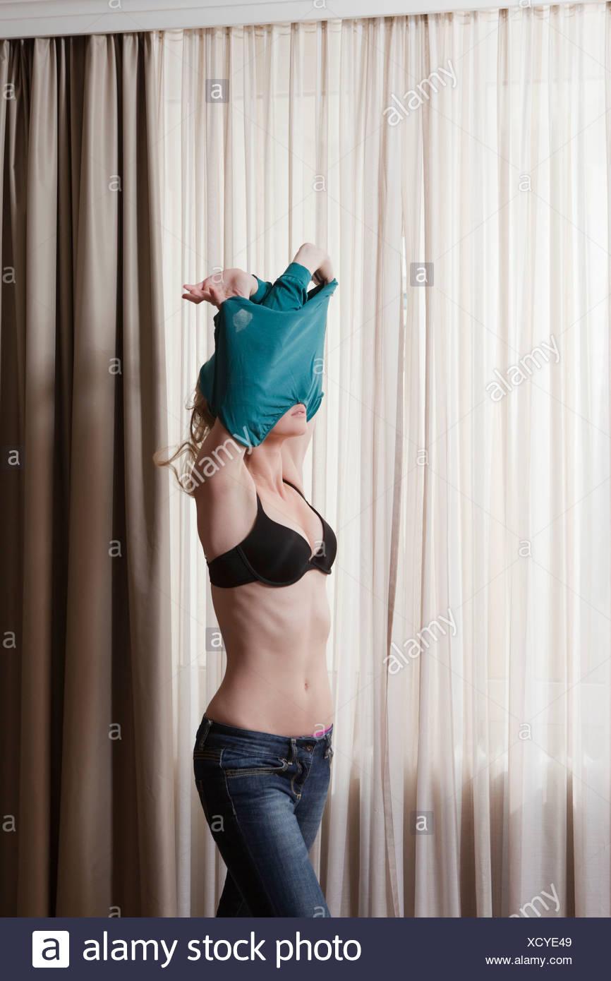 Kareena Kapoor Nude Image