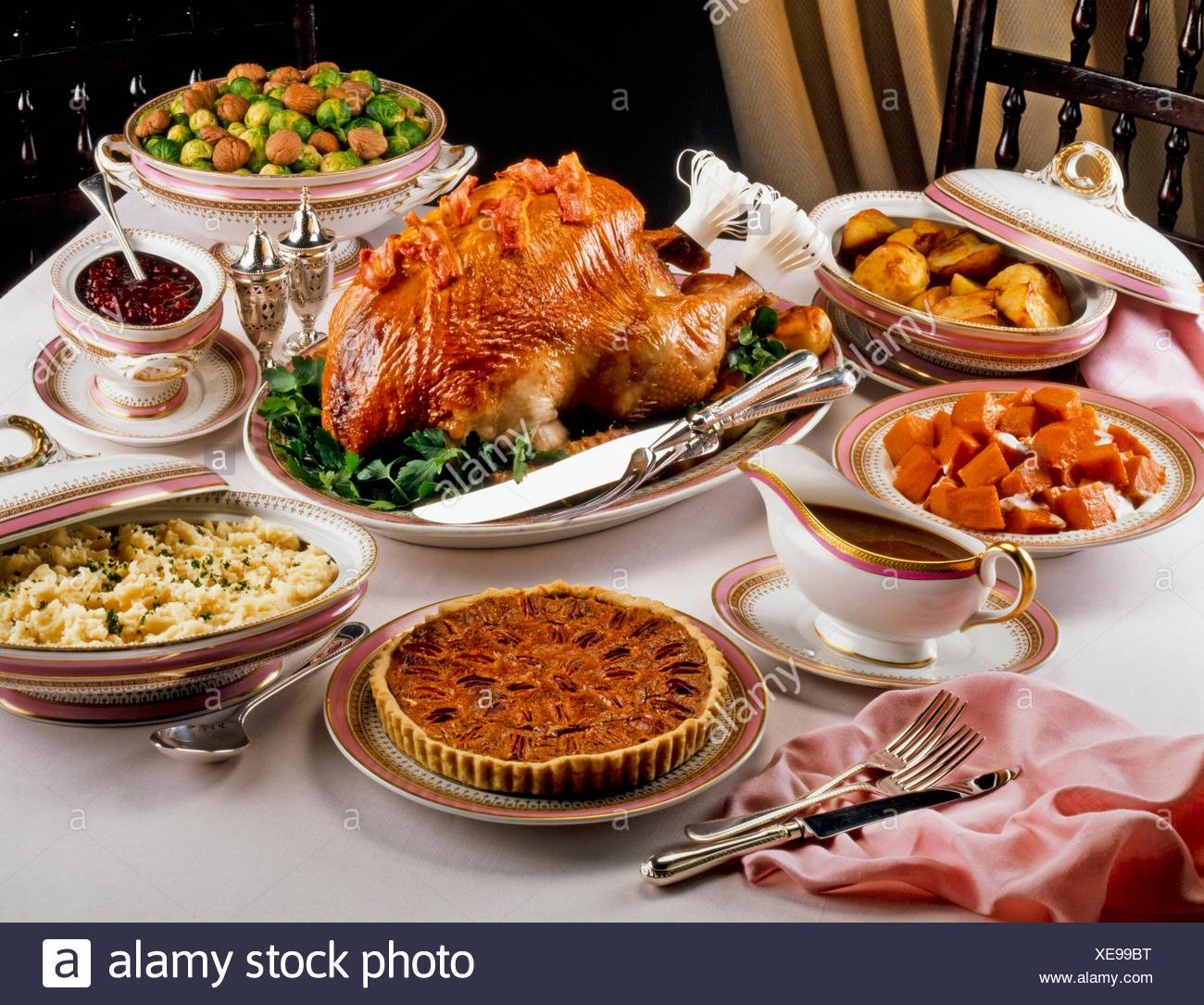Traditional Thanksgiving Dinner Usa Stock Photo 284176028 Alamy