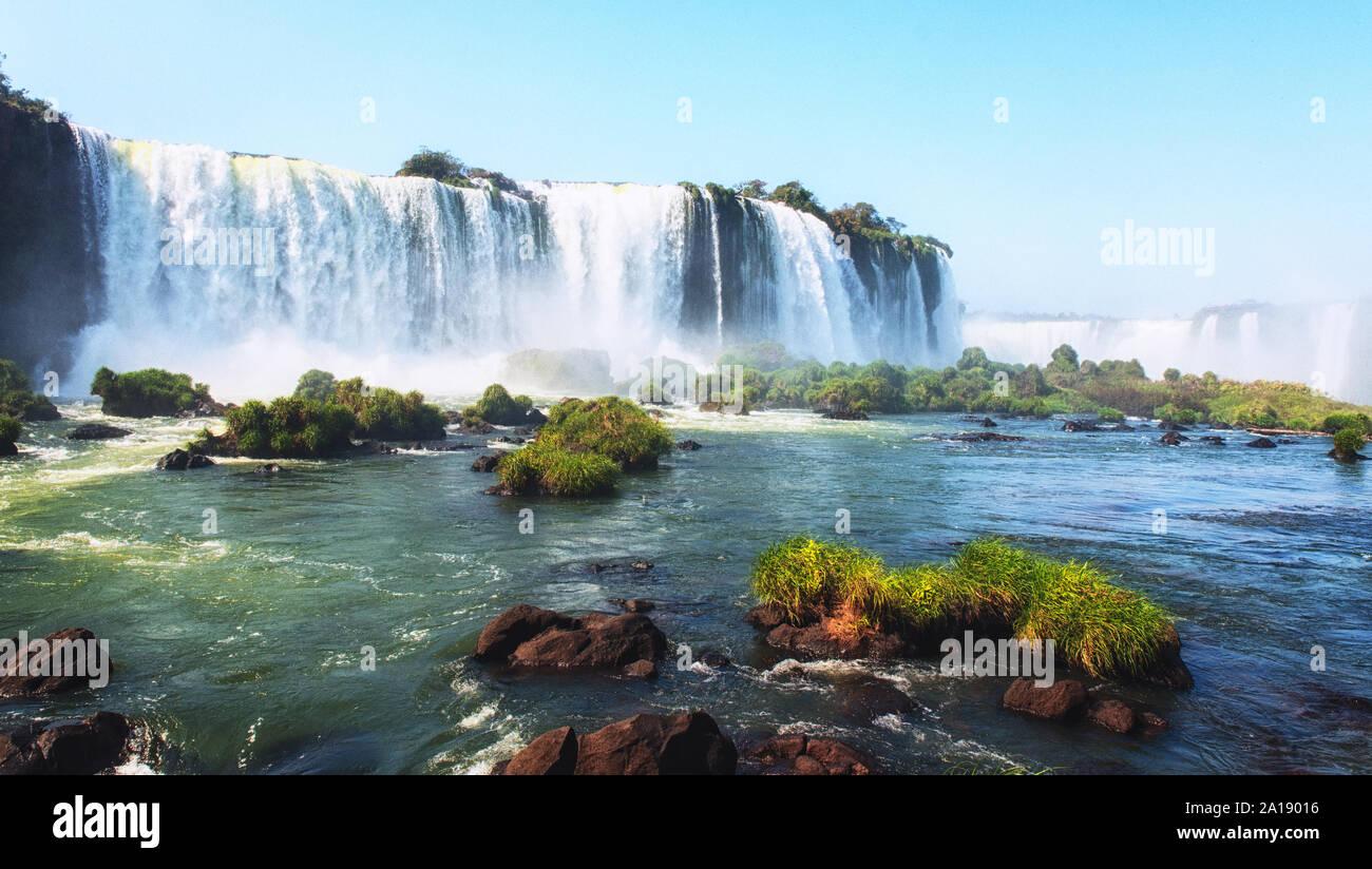 Cataratas do Iguazu, die grössten Wasserfälle Amerikas. Stockfoto