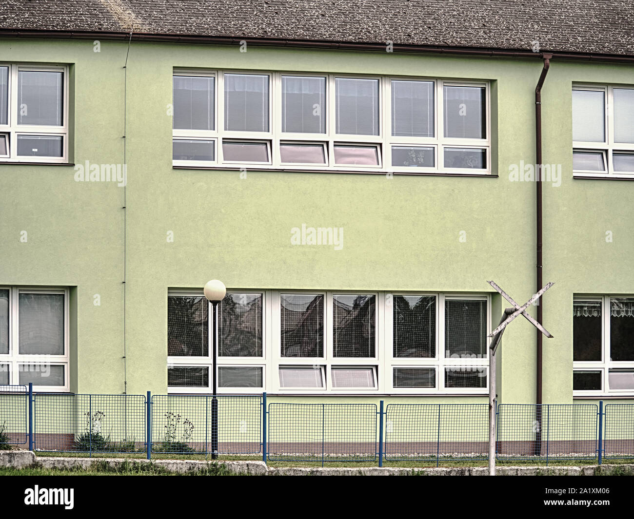 Gartenmauer Wohnungen Stockfotos und bilder Kaufen Alamy