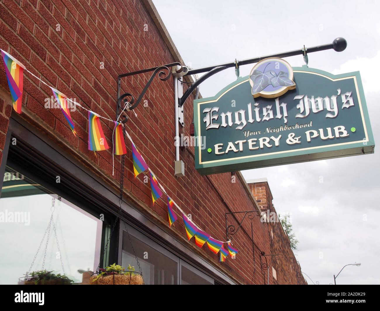 Außenansicht der Efeu Restaurant & Pub, Indianapolis, Indiana, USA, Juli 26, 2019, © katharine Andriotis Stockfoto