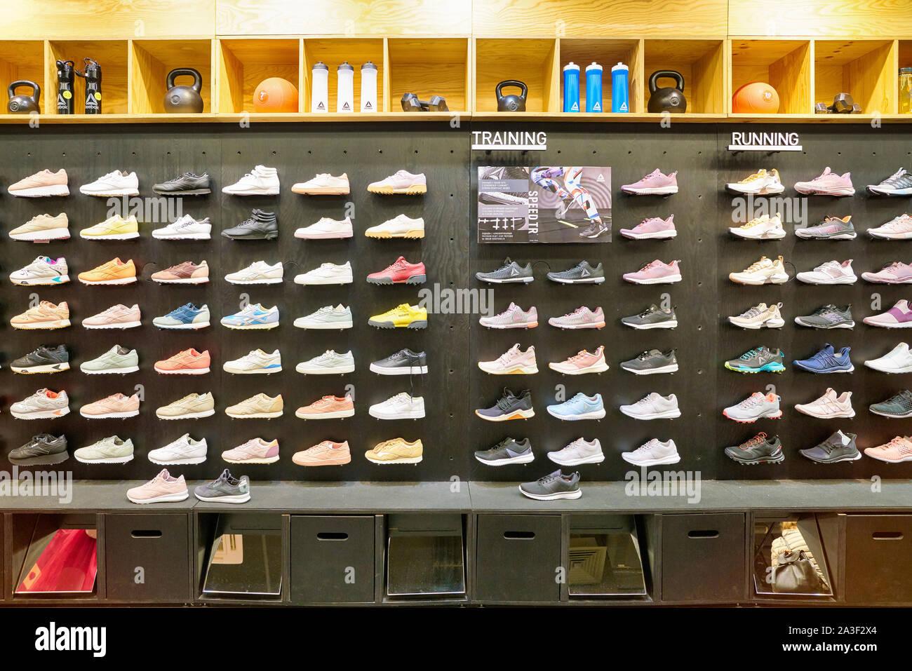 Reebok Schuhe Stockfotos und bilder Kaufen Alamy