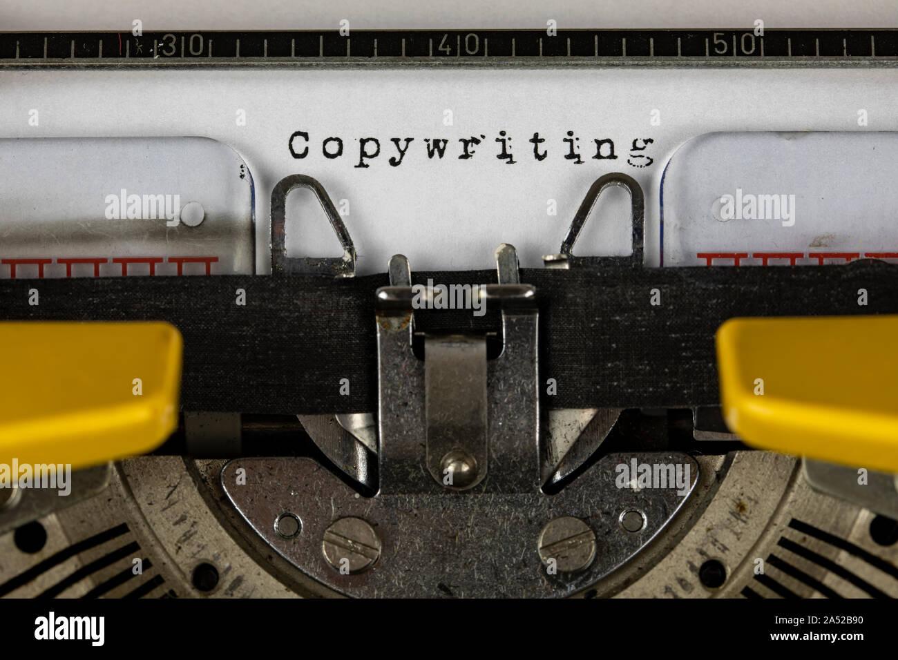 Alte Schreibmaschine mit Text copywriting Stockfoto