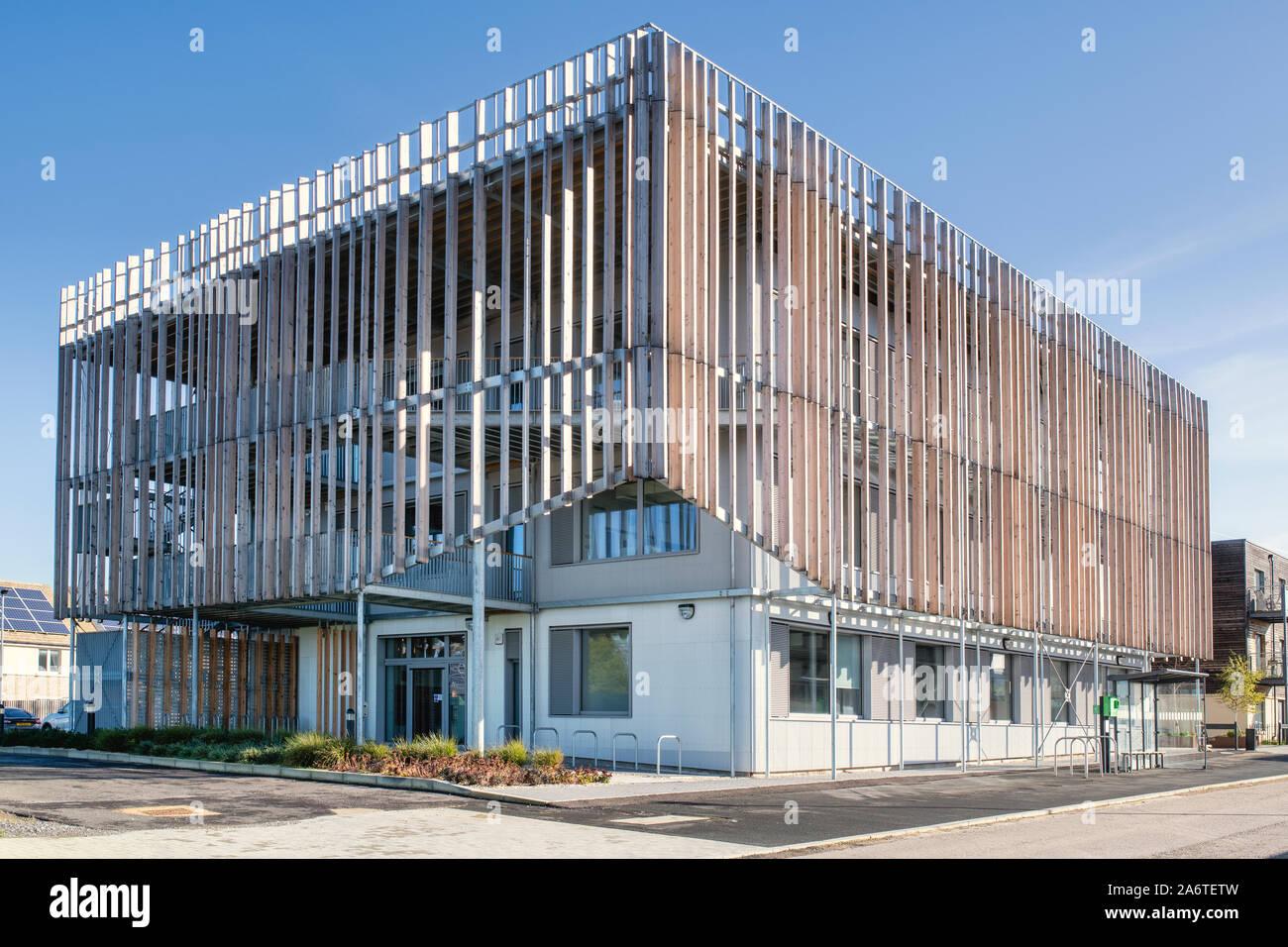 Der Barsch Eco Business Center. Großbritanniens erste PassivHaus Plus Arbeitsbereich. Charlotte Avenue, Elmsbrook, North West Bicester, Oxfordshire, England Stockfoto