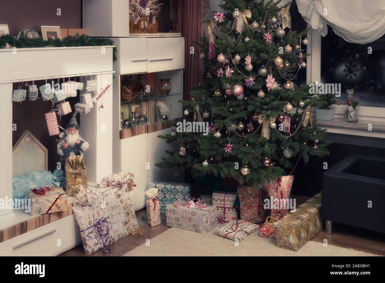 Muslime stürmen weihnachtsbaum